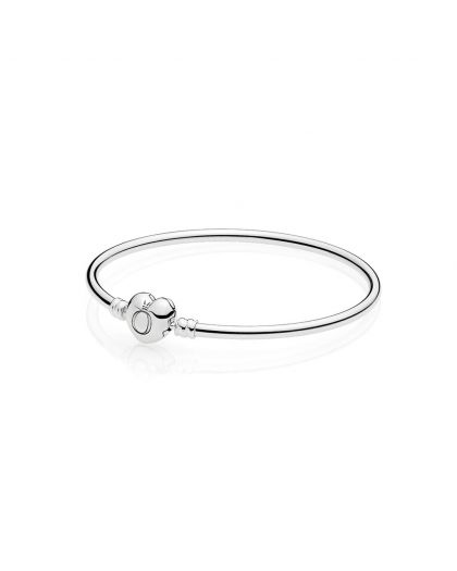 SILVER BANGLE WITH HEART-SHAPED CLASP